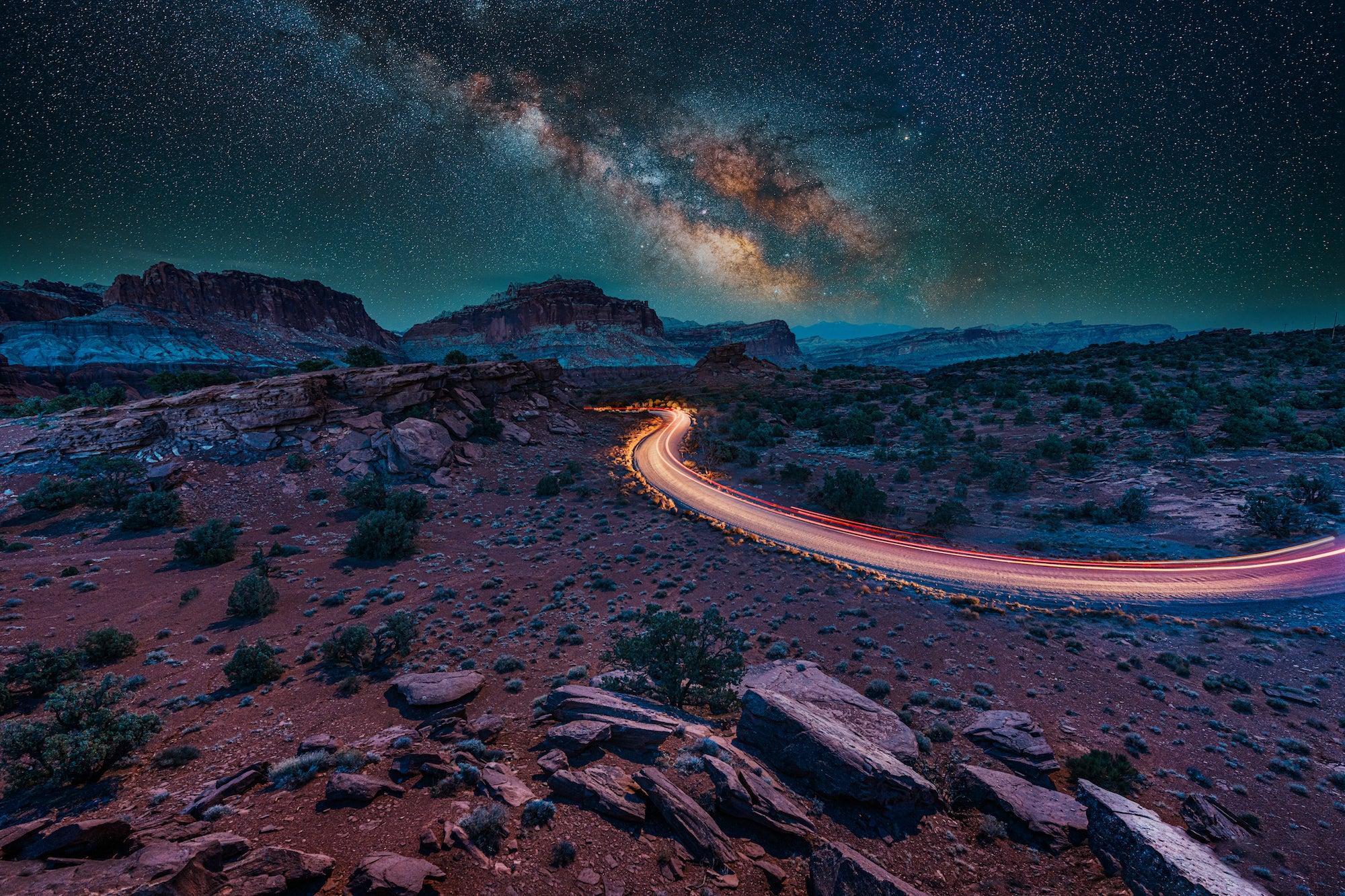 Alpha-Universe-BTS-Stan-Moniz-14mmGM-Milky-Way-Car-Trail-1.jpg