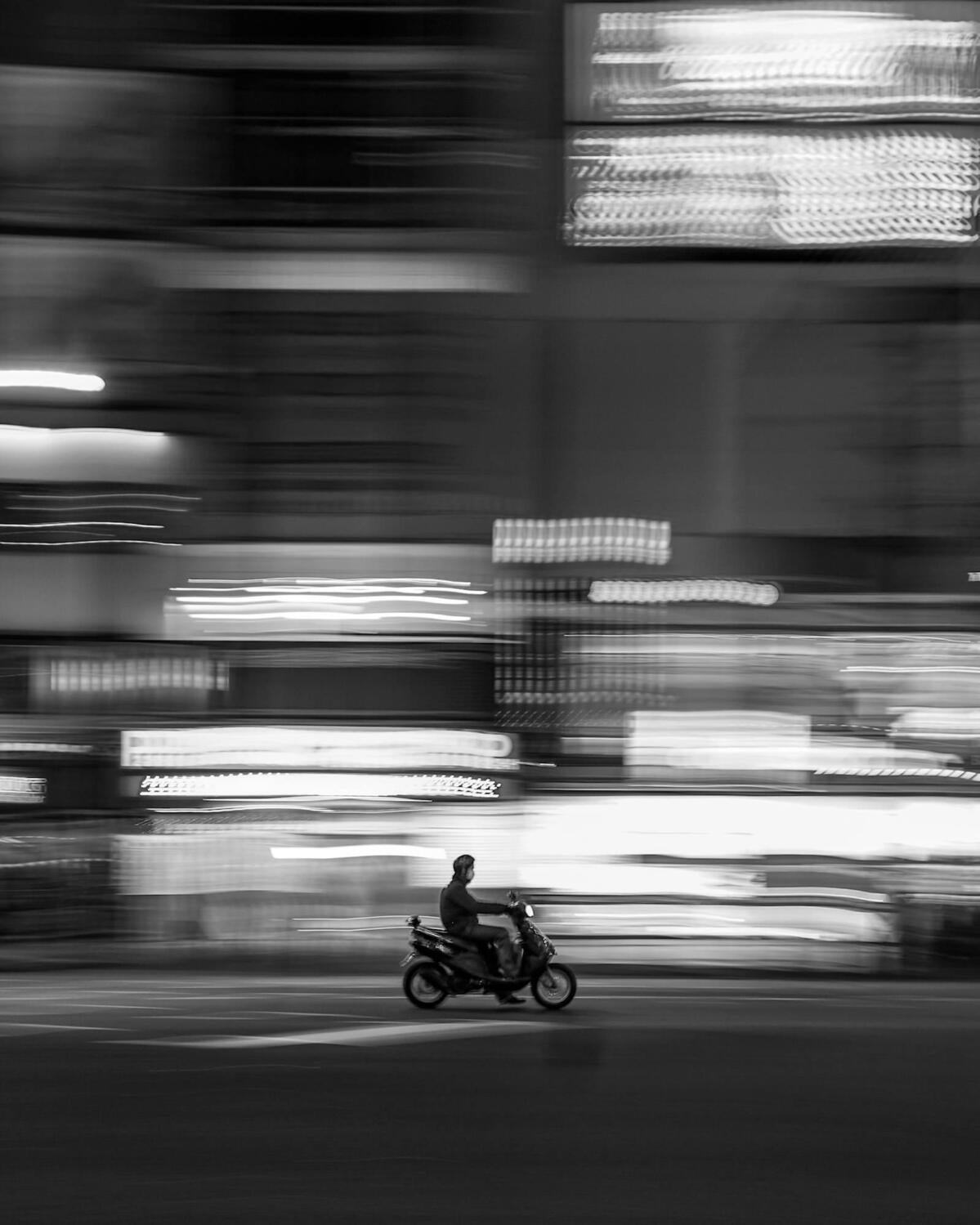 Weekly Roundup: A Week Of Black White Photography, #CreatorConversations More