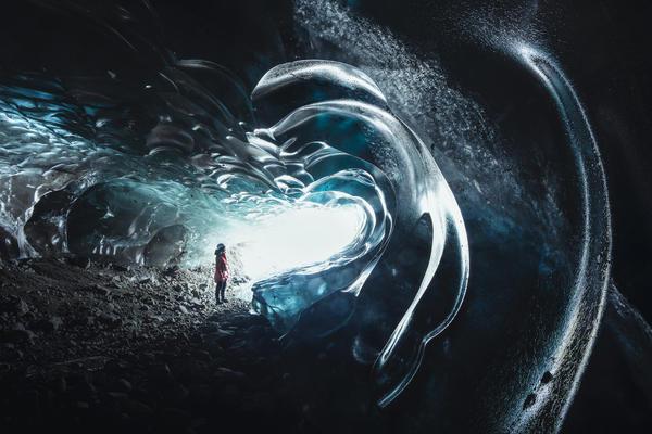 Alpha-Universe-Cath-Simard-Ice-Caves-6.jpg