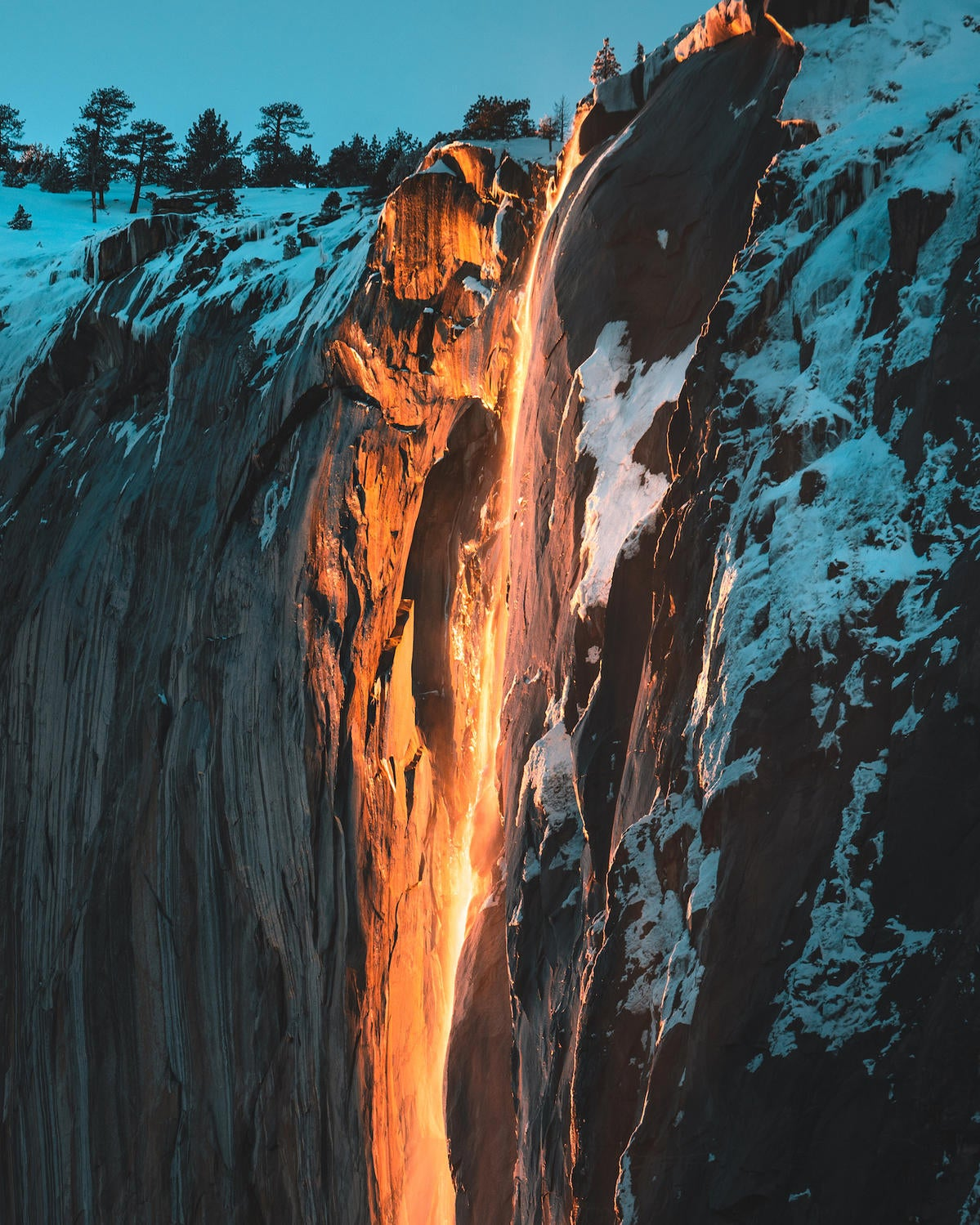 Behind The Shot: Capturing Yosemite's Firefall