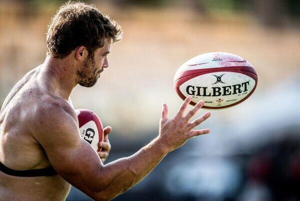 Alpha-Universe-Follow-Friday-Sports-Rugby.jpg