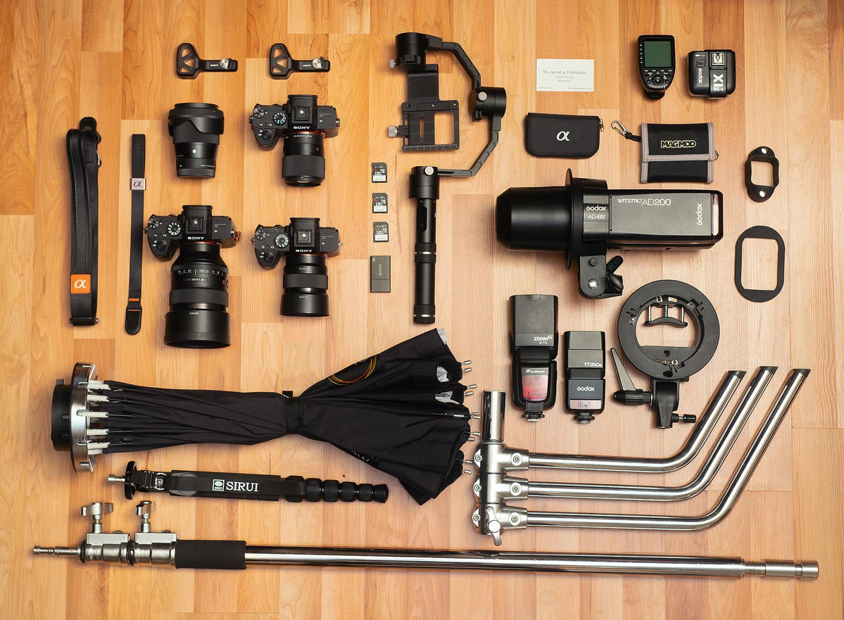 What's In My Bag: Portrait Photographer's Kit Features All Prime Lenses