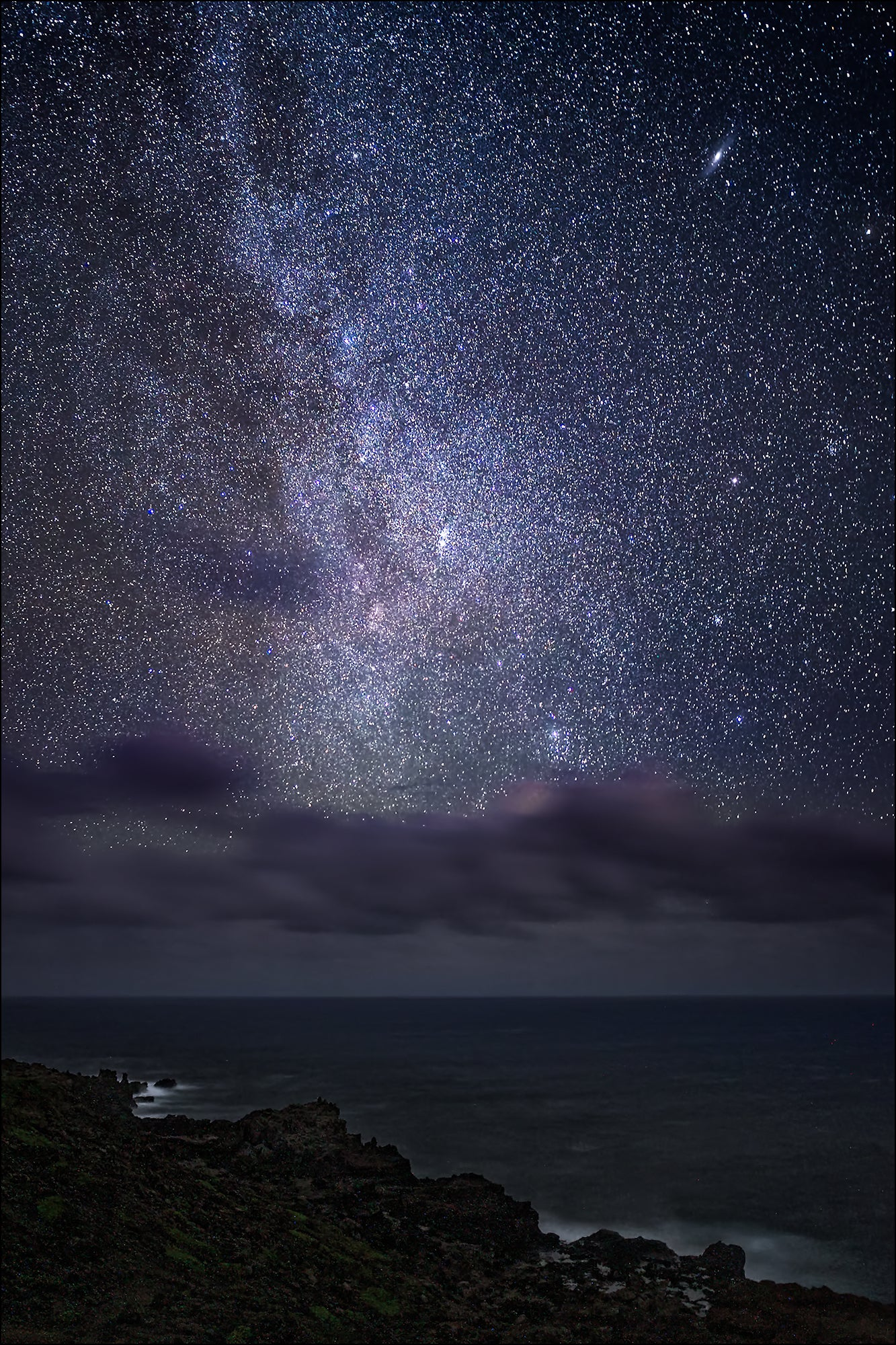 Sony 24mm f/1 4 GM First Looks For Street, Astroscapes