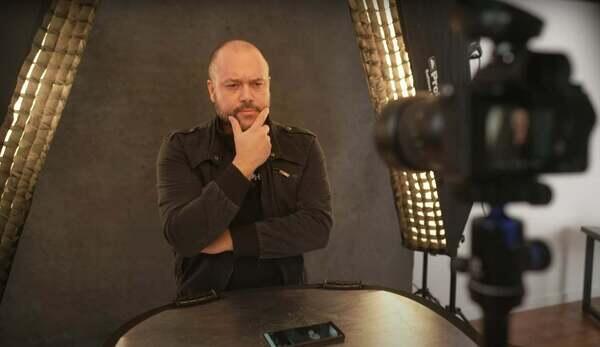 Alpha-Universe-Miguel-Quiles-Self-Portraits-Video-Tutorial-3.jpg