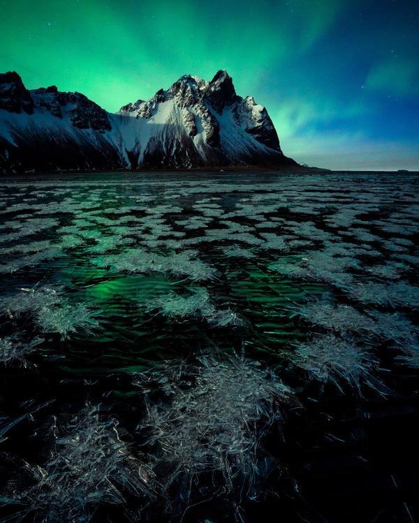 Alpha-Universe-Rachel-Jones-Ross-100-Nights-Auroras-iceland-aurora-and-ice4x5.jpg