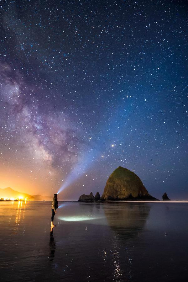 Alpha-Universe-Rachel-Jones-Ross-Cannon-Beach.jpg