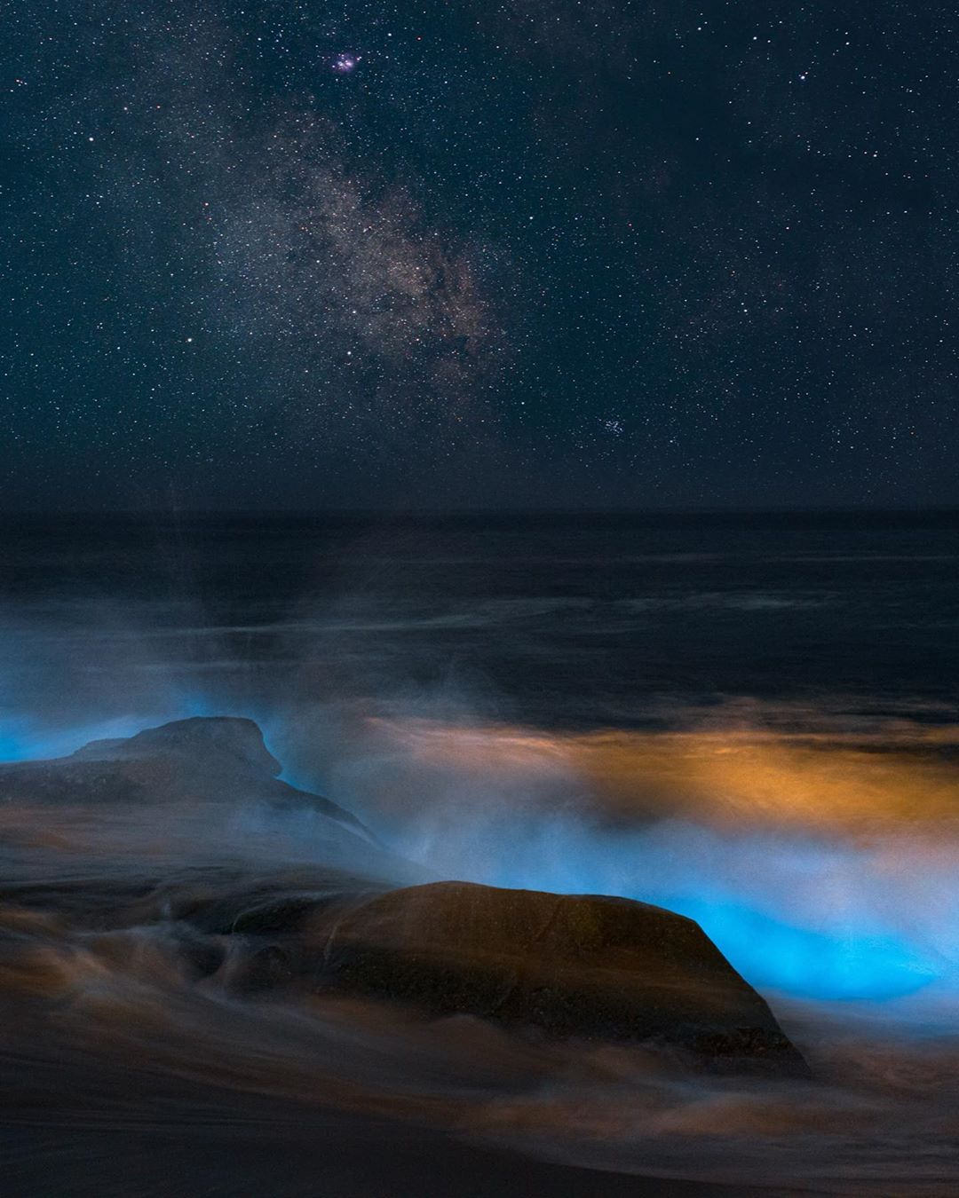 Alpha-Universe-Stan-Moniz-Milky-Way-bioluminescent-waves.jpg