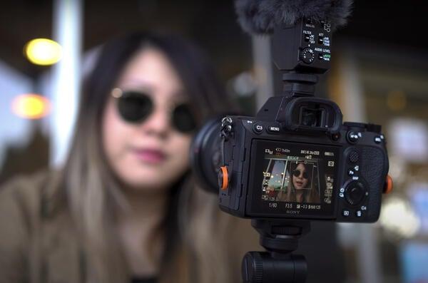Alpha-Universe-Vlogging-For-Beginners-Series.jpg