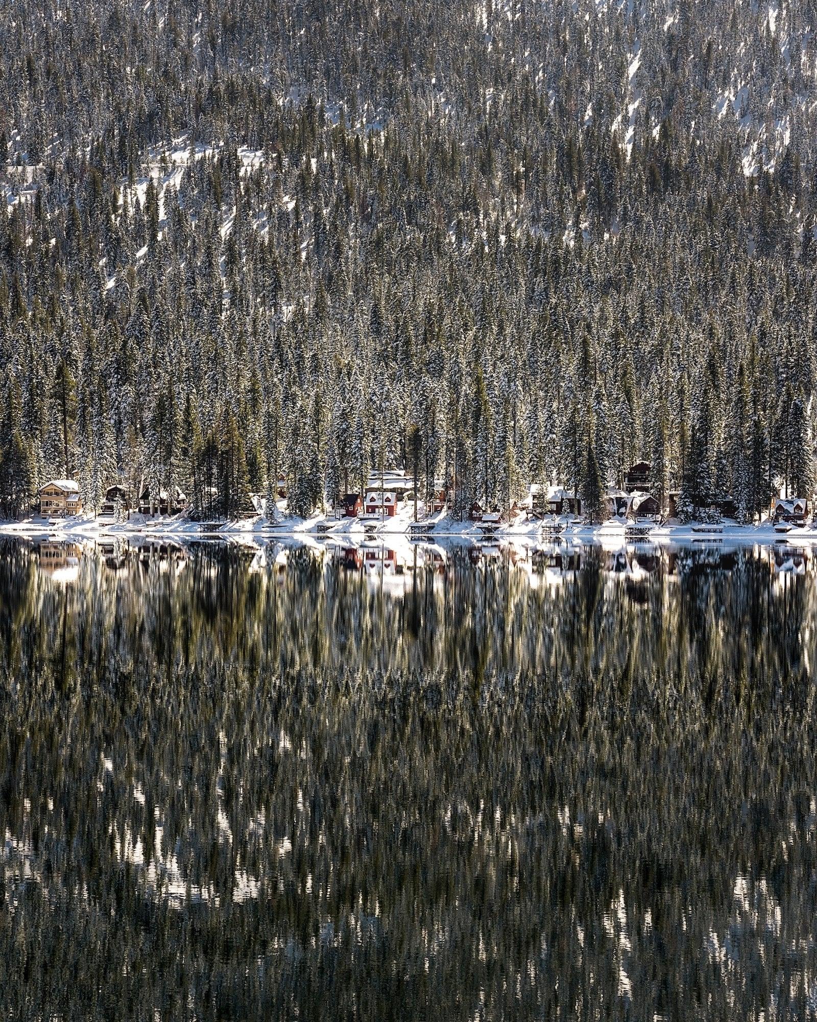 Alpha-Universe-WIMB-Zoltan-70-200mm-Donner-Lake.jpeg