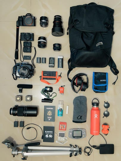 Alpha-Universe-Whats-In-My-Bag-spacebypixel-2.jpg