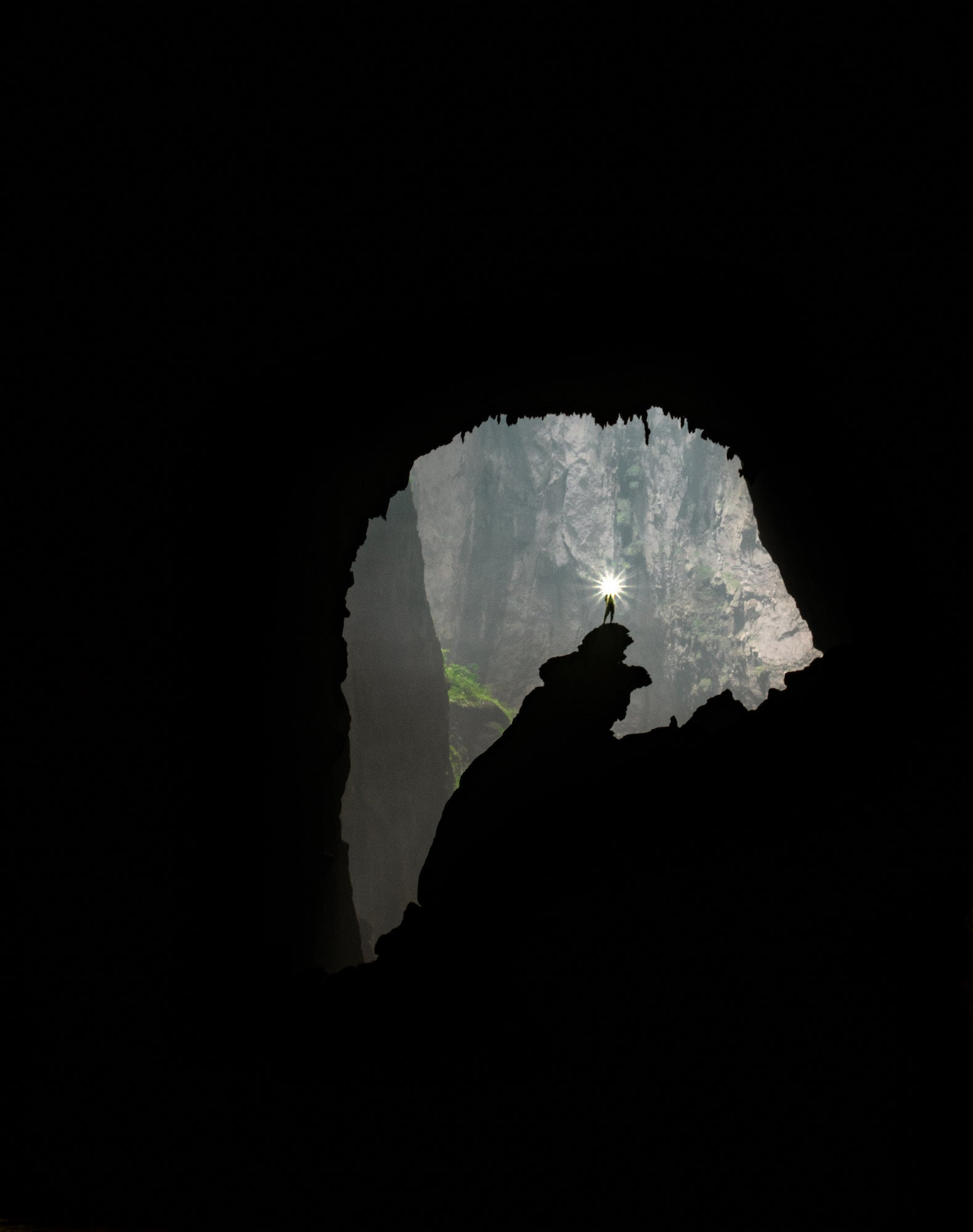 Alpha-Universe-Wyatt-Peterson-Cave-Photography-Sony-a7riii-2.jpeg