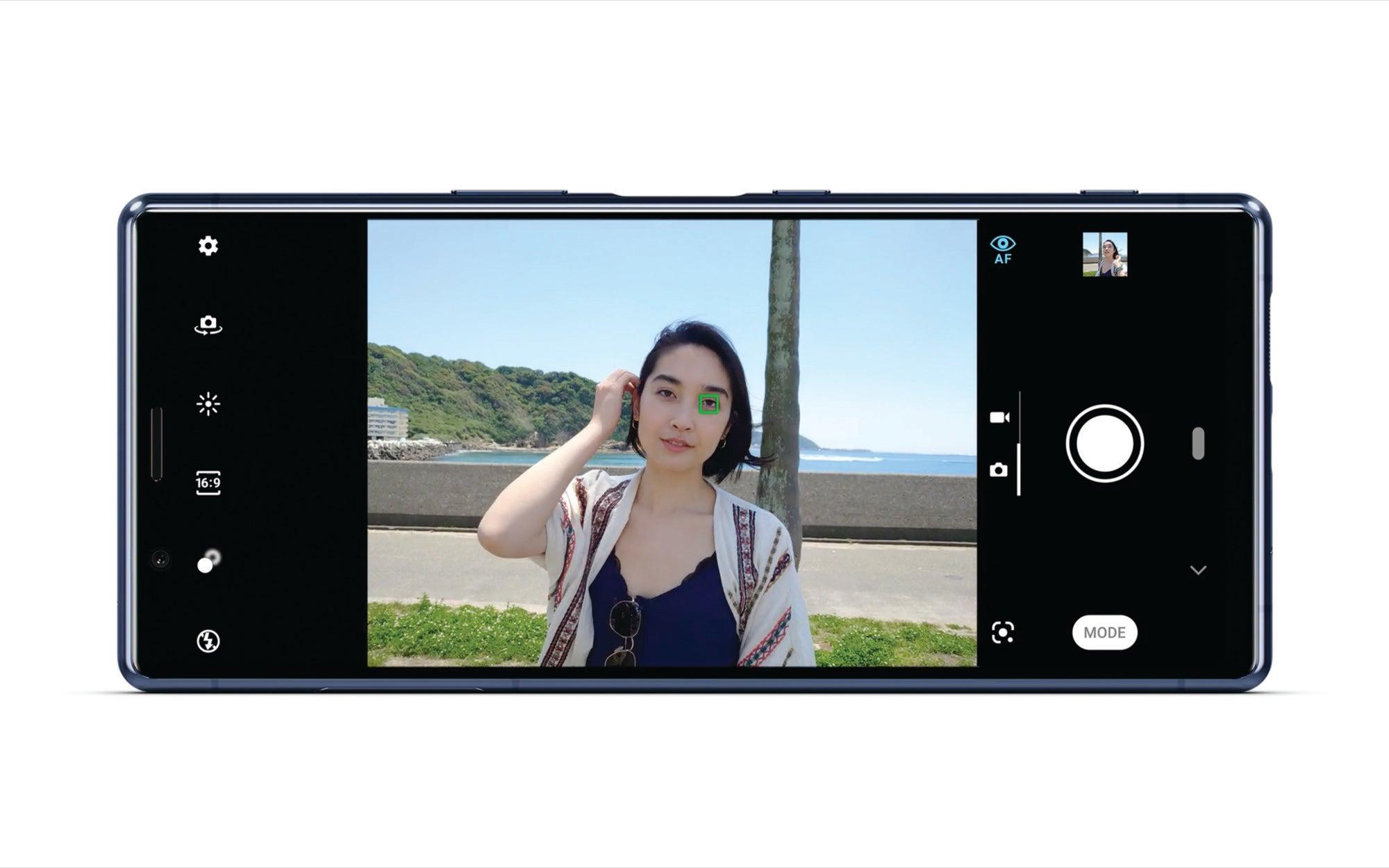 Sony Xperia 5 porta le funzionalità della fotocamera dalla potente Sony Alpha Line a uno smartphone