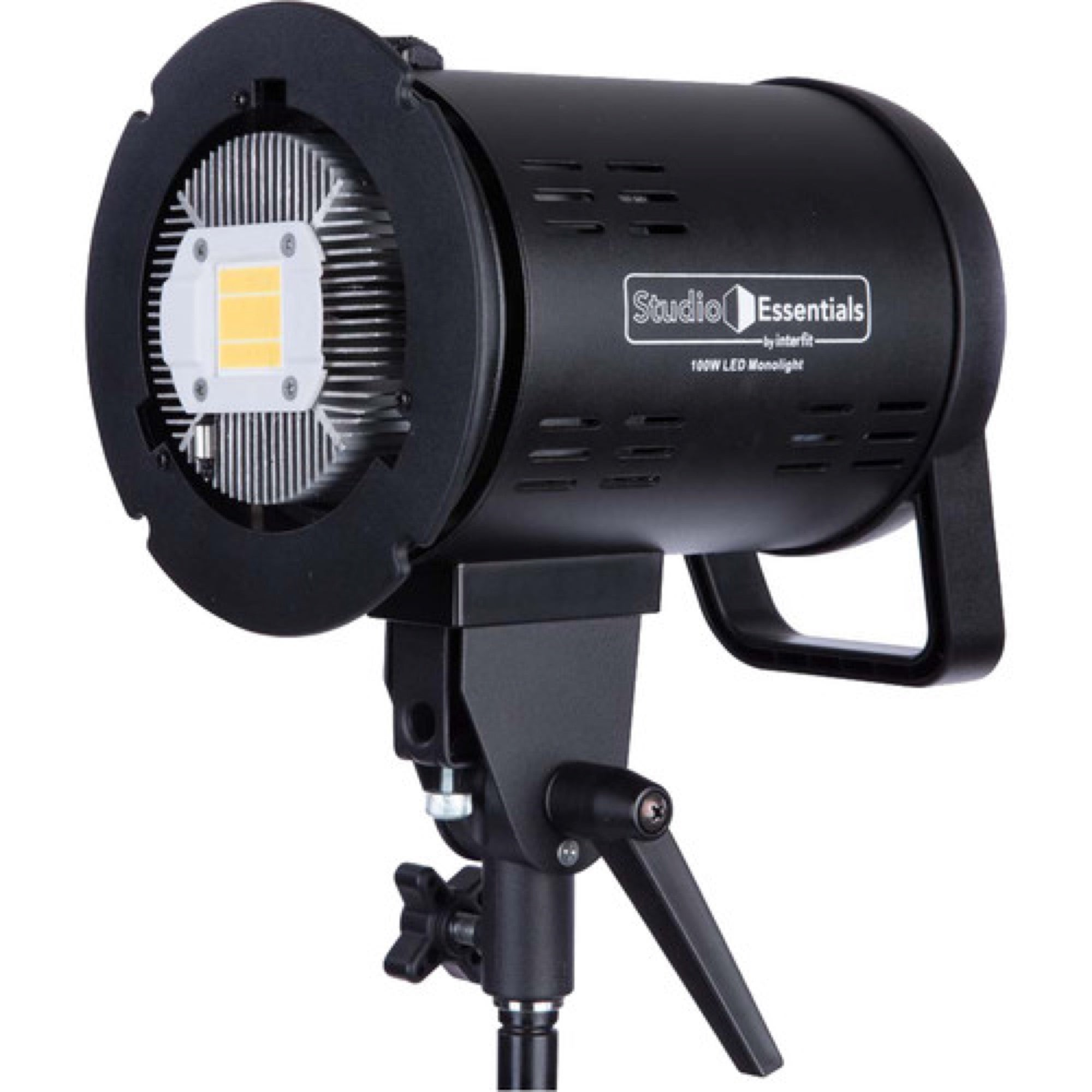 Alpha-Universe-studio_essentials_ledm100d_100w_led_monolight_1519662111_1393519.jpg