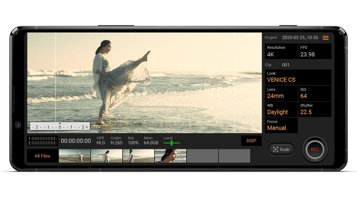 AlphaUniverse-Xperia-1-II-CinematographyPro_Viewfinder-sm-1.jpg
