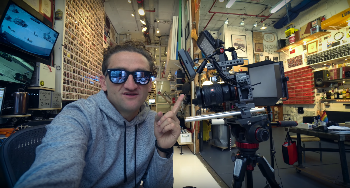 YouTuber Casey Neistat's New α7R II Vlog Setup