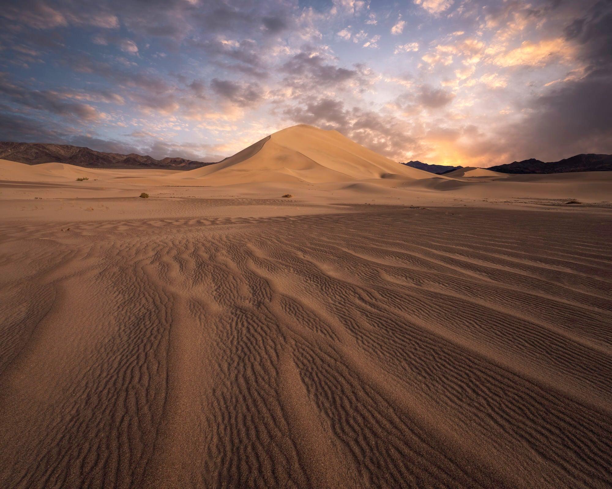 Sony-Alpha-Universe-Photo-by-Jess-Santos_14mm_Dunes_Sunrise.jpg