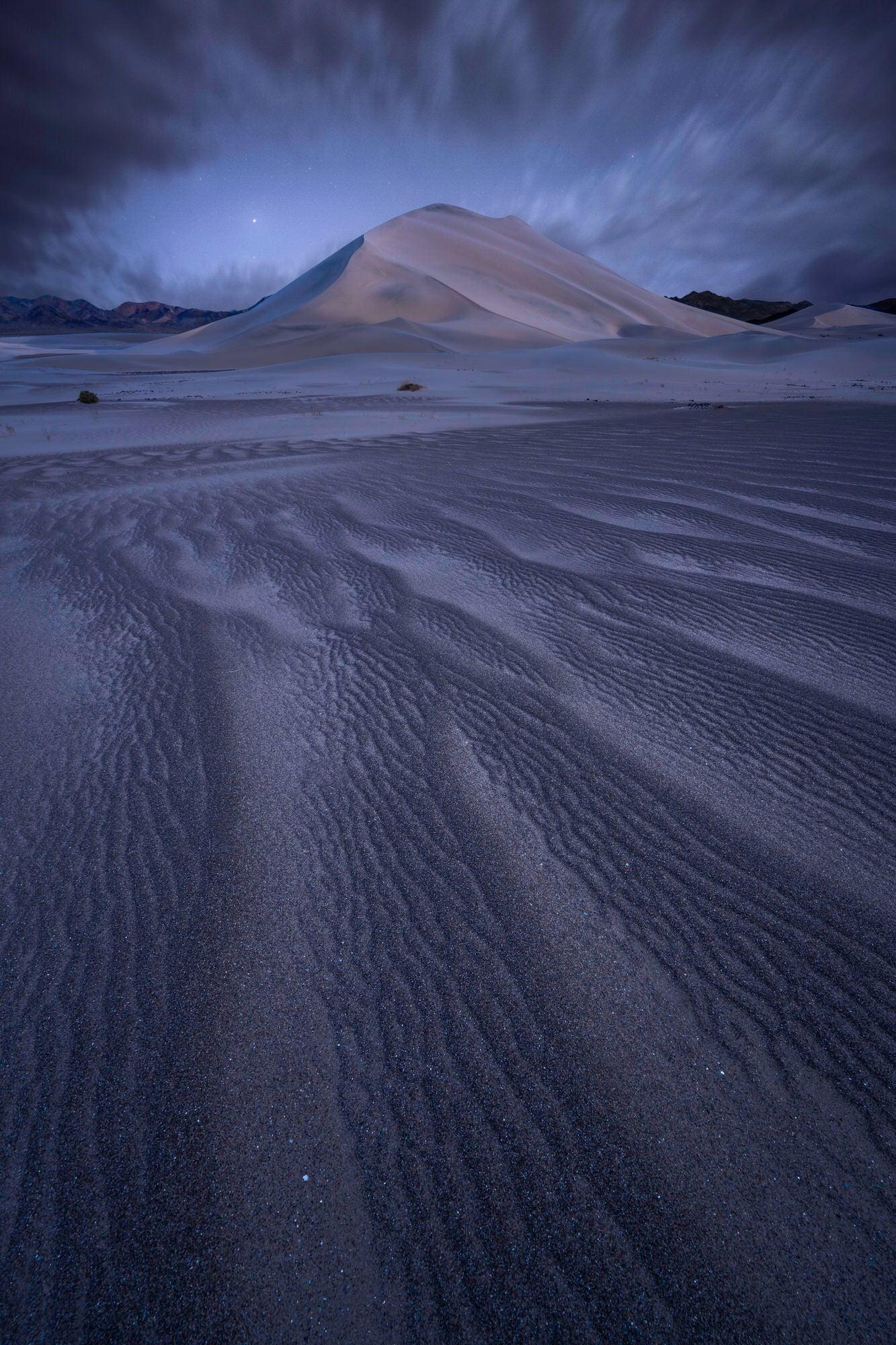 Sony-Alpha-Universe-Photo-by-Jess-Santos_14mm_Dunes_Twilight.jpg