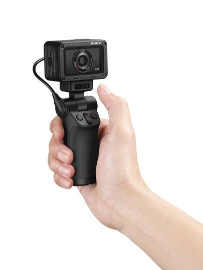 VCT-SGR1_selfie_RX0-Mid.jpg
