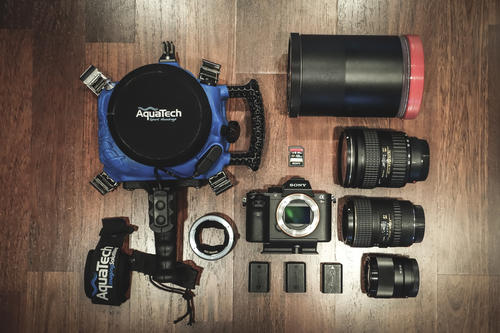 What's In My Bag: Stan Moniz' Kit For Surf Photography